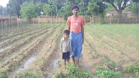 Krishna Kumar with his son