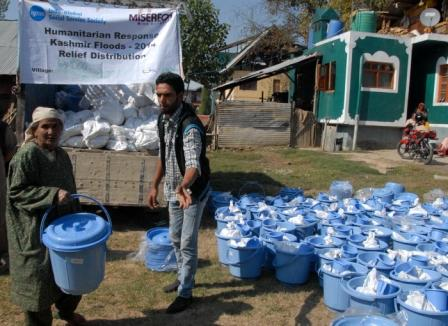 IGSSS mobilized youth for relief distribution in Valley